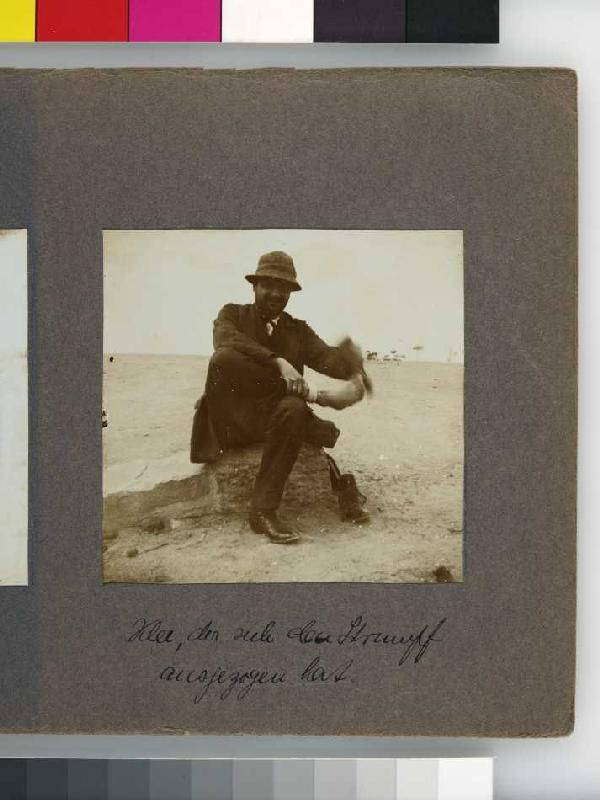 Paul Klee in Tunis in 1914, photographed by Hodler