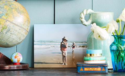 Print your own pictures on canvas, paper, wood, glass or aluminum bond