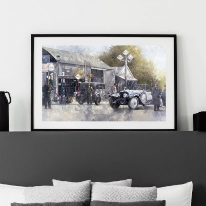Vintage images for a modern wall decoration