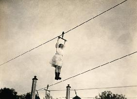 Berlin, Lunapark, Kid hanging on cable
