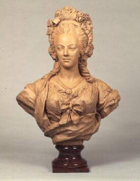 Terracotta bust of Marie Antoinette in the manner of Augustin Pajou