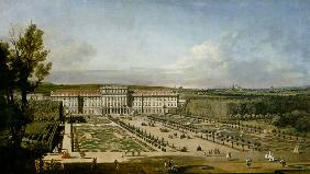 The imperial summer residence of Sch�nbrunn, garden side