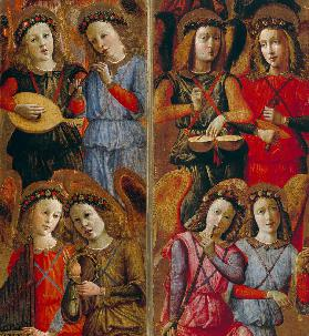 Angel playing instruments