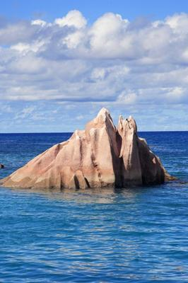 GRANIT ROCK OF SEYCHELLES