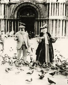 Claude Monet (1840-1926) and his wife, Alice (1844-1911) St. Mark's Square, Venice, October 1908 (b/