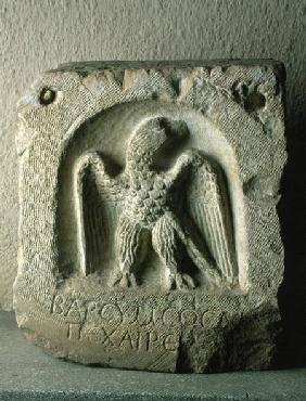 Tombstone with the figure of an eagle