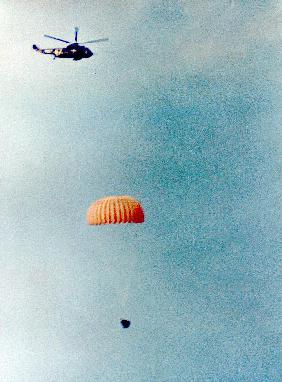 Gemini 11 : spacecraft coming back on earth is going to land on water