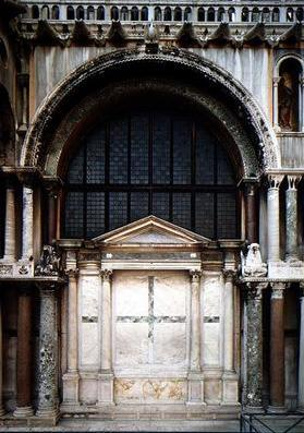 South facing portal and wall of the Zeno chapel, built for Cardinal Giovanni Battista Zena, 1504-22