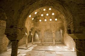 Steam Room in the Arab Baths, Granada (photo)
